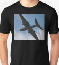 Canberra Flypast - Bomb Doors Open Unisex T-Shirt