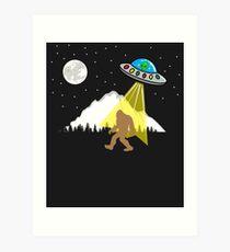 Bigfoot UFO - Alien sasquatch Art Print