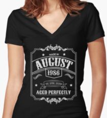 Born In August 1986 - 32nd Birthday Gift Women's Fitted V-Neck T-Shirt