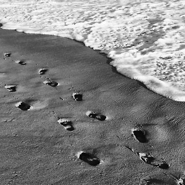 Footprints on the Sand by josemontanez18
