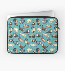 cat snakes in blue Laptop Sleeve