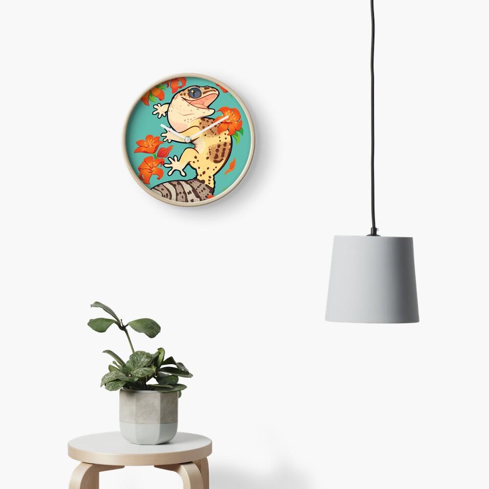 Fire lily gecko Clock