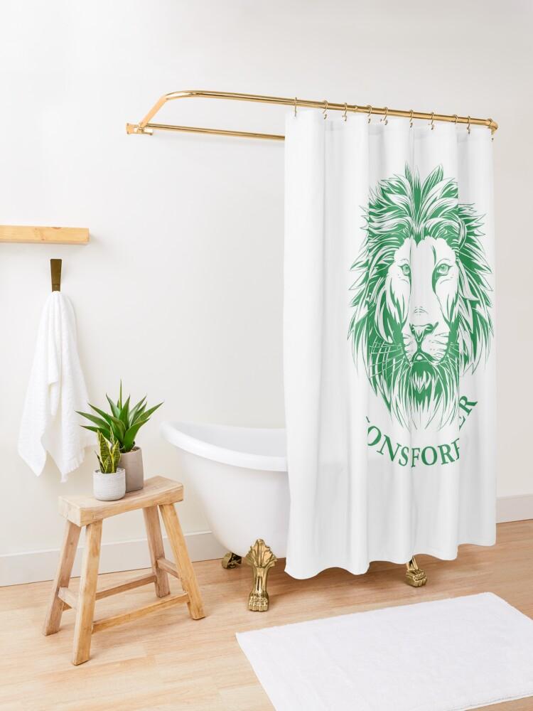 Alternative Ansicht von Lions Forever (Grün auf Weiß) Duschvorhang