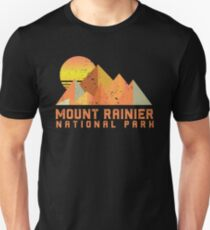 Vintage Mount Rainier Retro National Park Unisex T-Shirt