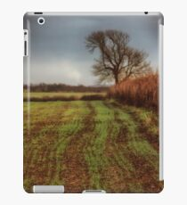On track iPad Case/Skin