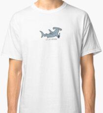 Lass uns Hammerhai hämmern Classic T-Shirt