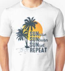 Sunrise Sunburn Sunset Repeat Family Vacation 2018 Unisex T-Shirt