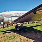 Douglas DC3 Dakota by V1mage