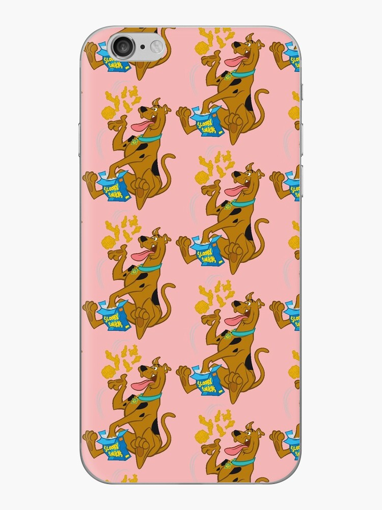 Scooby Doo isst Scooby Snacks (pink) von Dionissis5