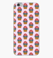 Glücklicher kleiner Kuchen iPhone-Hülle & Cover