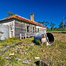 Renovator's Delight - Tillegra Valley, NSW by Malcolm Katon