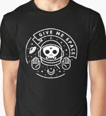Gib mir Raum Grafik T-Shirt