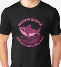 Mommy Shark Doo Doo Doo Doo Unisex T-Shirt