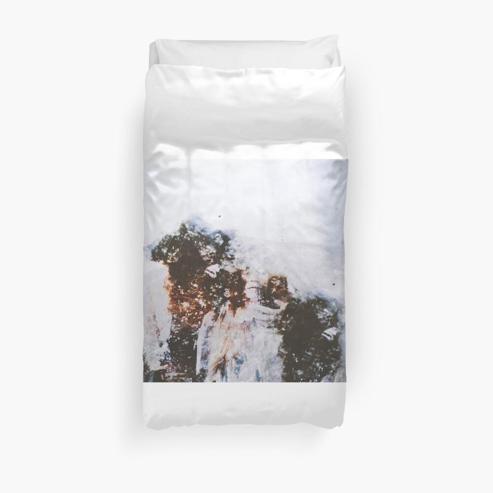 Rêveries Enténébrées Duvet Cover