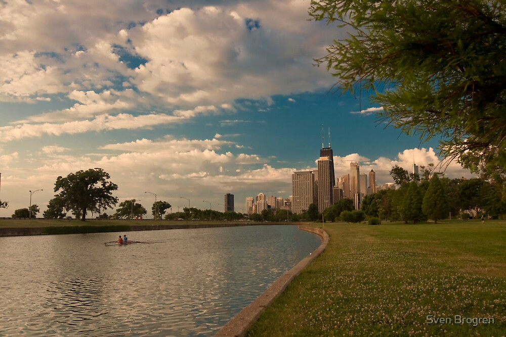 Double scull rowing in Chicago by Sven Brogren
