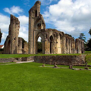 Glastonbury Abbey by XsCode