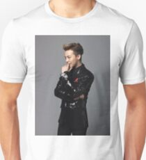 G-DRAGON BigBang Slim Fit T-Shirt