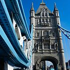 Walking across Tower Bridge. London by hans peðer alfreð olsen