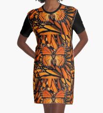 ORANGE MONARCH BUTTERFLY PATTERNED ARTWORK   Graphic T-Shirt Dress