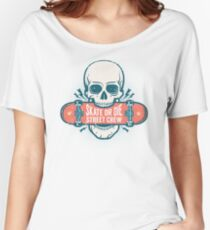 Skull holds a skateboard in his teeth  Women's Relaxed Fit T-Shirt