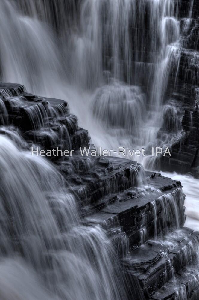 Summers Falls by Heather  Waller-Rivet  IPA