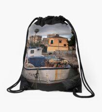 Un vecchio peschereccio Drawstring Bag