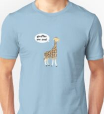 Giraffes are cool Unisex T-Shirt
