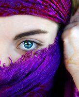 A look, a world by TaniaLosada