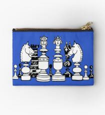 Chess Master Studio Pouch