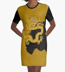 Yellow Dragon of the Center T-Shirt Kleid