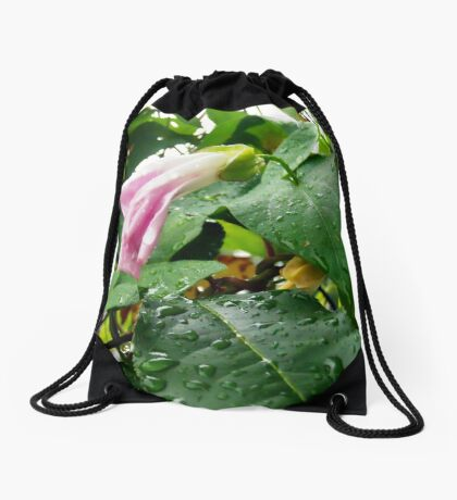 Lonely in the rain Drawstring Bag