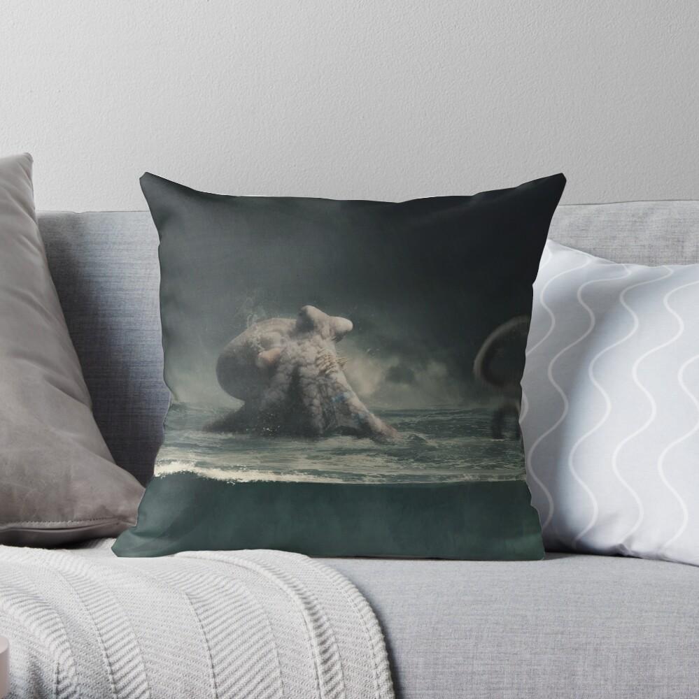 Kraken... Throw Pillow