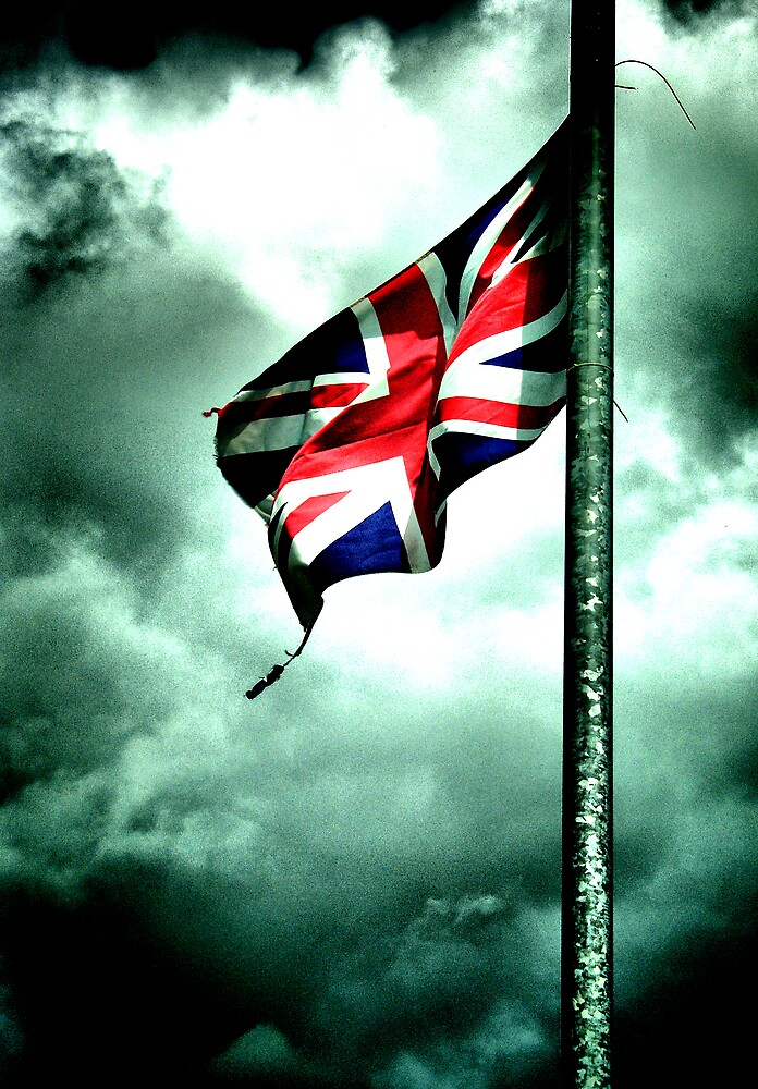battered and torn ..... GB's old glory !!! by SNAPPYDAVE