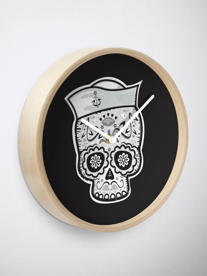 Alternate view of Marinero muerto sugar skull Clock