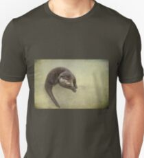 All this scratching's making me itch! T-Shirt