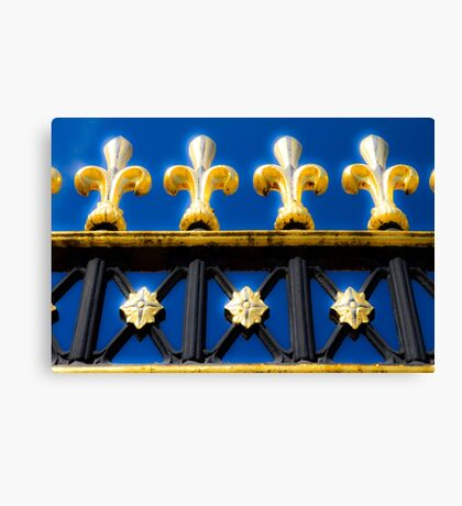 Golden Glow - Buckingham Palace - London Canvas Print