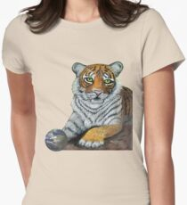 Hilary  Robinsons tigers paw  T-Shirt