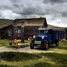 Shell Station in Bodie by dagmar luhring