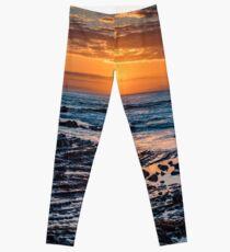Sunrise over the ocean Leggings