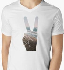 Peace Hand Beach Good Vibes Tumblr Vintage Love Instagram Print T-Shirt
