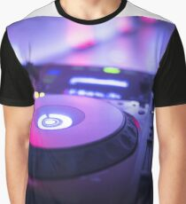 House dance music dj deejay turntable mixing desk nightclub party Ibiza Graphic T-Shirt