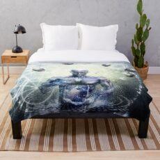 Experience So Lucid, Discovery So Clear Throw Blanket