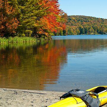 Yellow Kayak by srwdesign