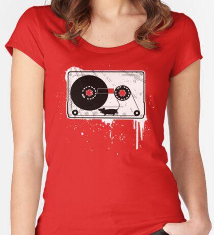 Ka'set Maus Women's Fitted Scoop T-Shirt