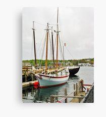 The Pinky & The Dory Fisherman ~ Gloucester, Massachusetts Canvas Print