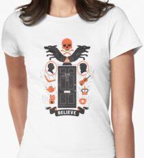 221B Baker Street Women's Fitted T-Shirt