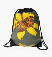 Mochila saco Pearl Crescent Butterfly Up Close
