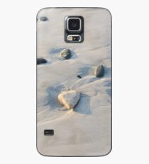 Pebbles on the sand Case/Skin for Samsung Galaxy
