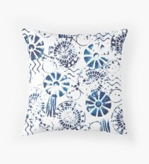 Shoreline indigo - faux shibori fabric print Throw Pillow