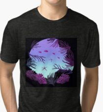 Round Reef - ohms' Custom Worms Armageddon Level Tri-blend T-Shirt